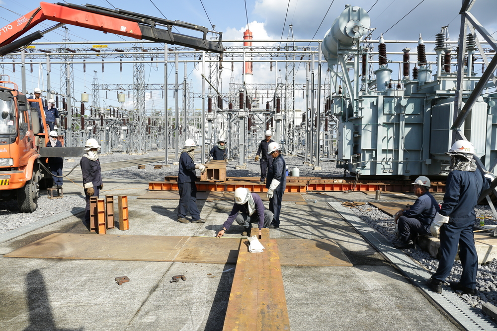 Design, engineering, construction and commissioning of power plants and power substations