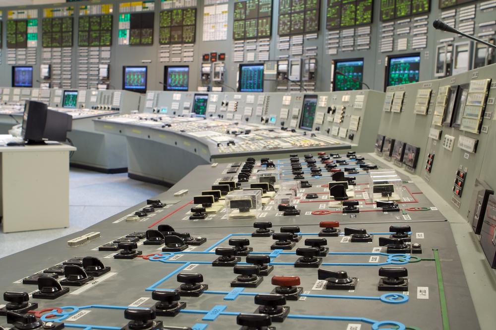 Mantenimiento preventivo, correctivo y detectivo a esquemas de protección y medición en plantas de generación y subestaciones eléctricas.